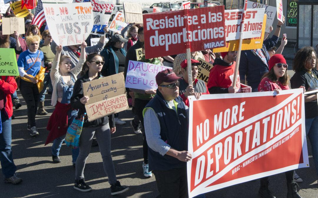 Un juez de Texas bloqueó una de las primeras medidas de Joe Biden contra las deportaciones en Estados Unidos