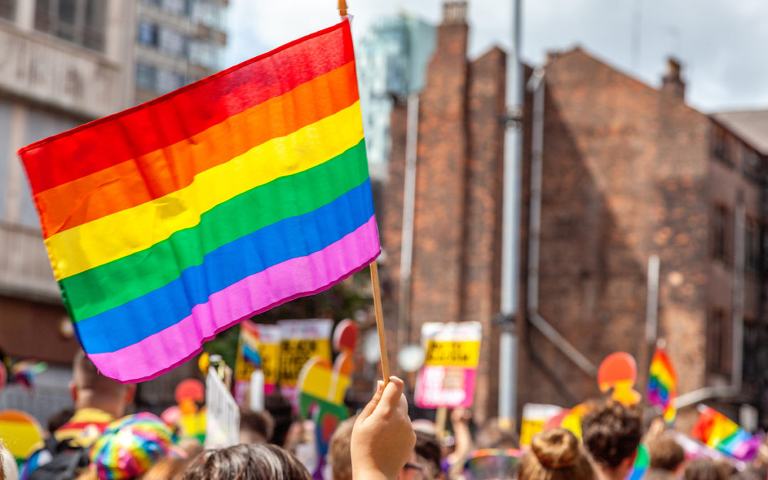 Immigrants Rights Groups Call Attention to LGBTQ People-e-immigrate-news