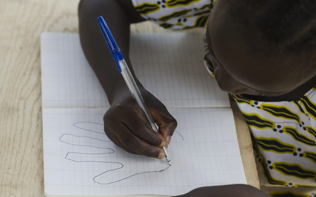 Smithsonian May Show Drawings Made By Detained Children-e-immigrate-news