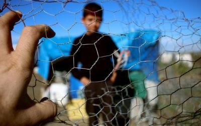 Migrant Families Border Crossings Hit 10-Year High