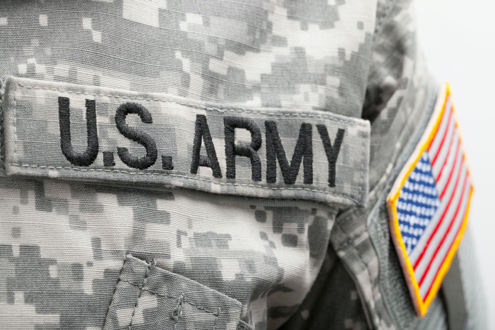 discharged - AP Reports, U.S. Army Discharged more than 500 Immigrant Enlistees-e-immigrate-news