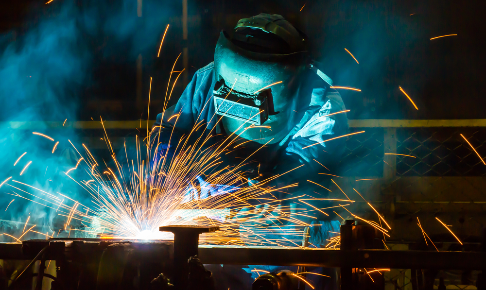Texas-ICE Raid Leads to a Shortage Of Welders in Tigertown, TX- e-immigrate- news