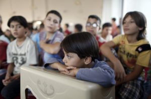 migrant- 12,800 Migrant Children Held in Detention Centers by Feds- e-immigrate- news