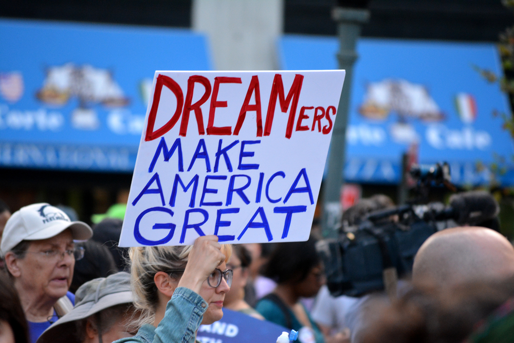 DACA - Trump Administration's Termination of DACA Challenged by New York Dreamer - e-immigrate - news