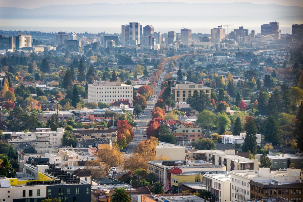 Oakland Nurse Return Possible after Deportation Split Family